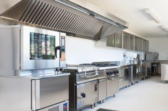 Professionnel pour le nettoyage complet de hottes de restaurant Le Port